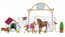 Revenda Figuras Animais - Schleich Horse Club        42458 Hannah´s guest horses with Ruby