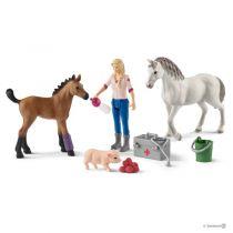 Revenda Figuras Animais - Schleich Farm World 42486 Veterinaria visita Mare e Foal